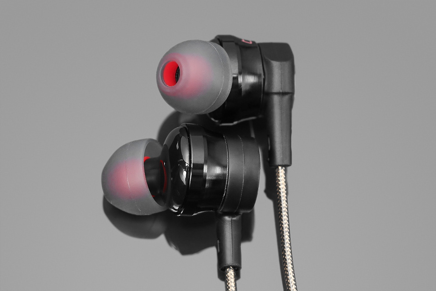 Dynamic Motion DM200H Hybrid IEM