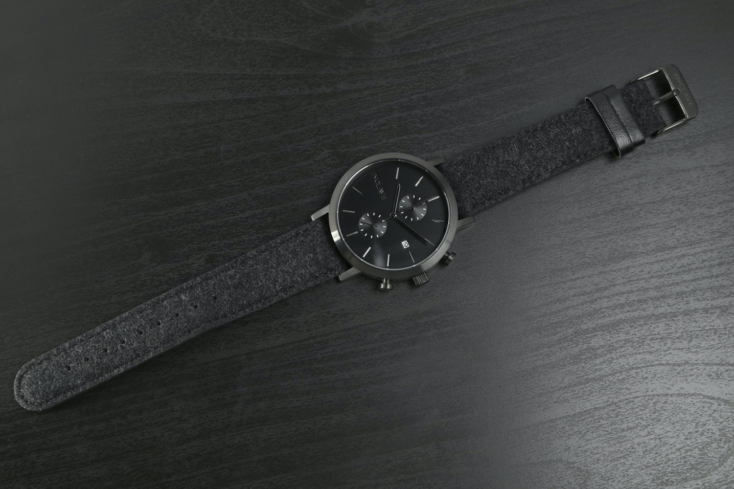 Gunmetal Case with Black Tweed Strap