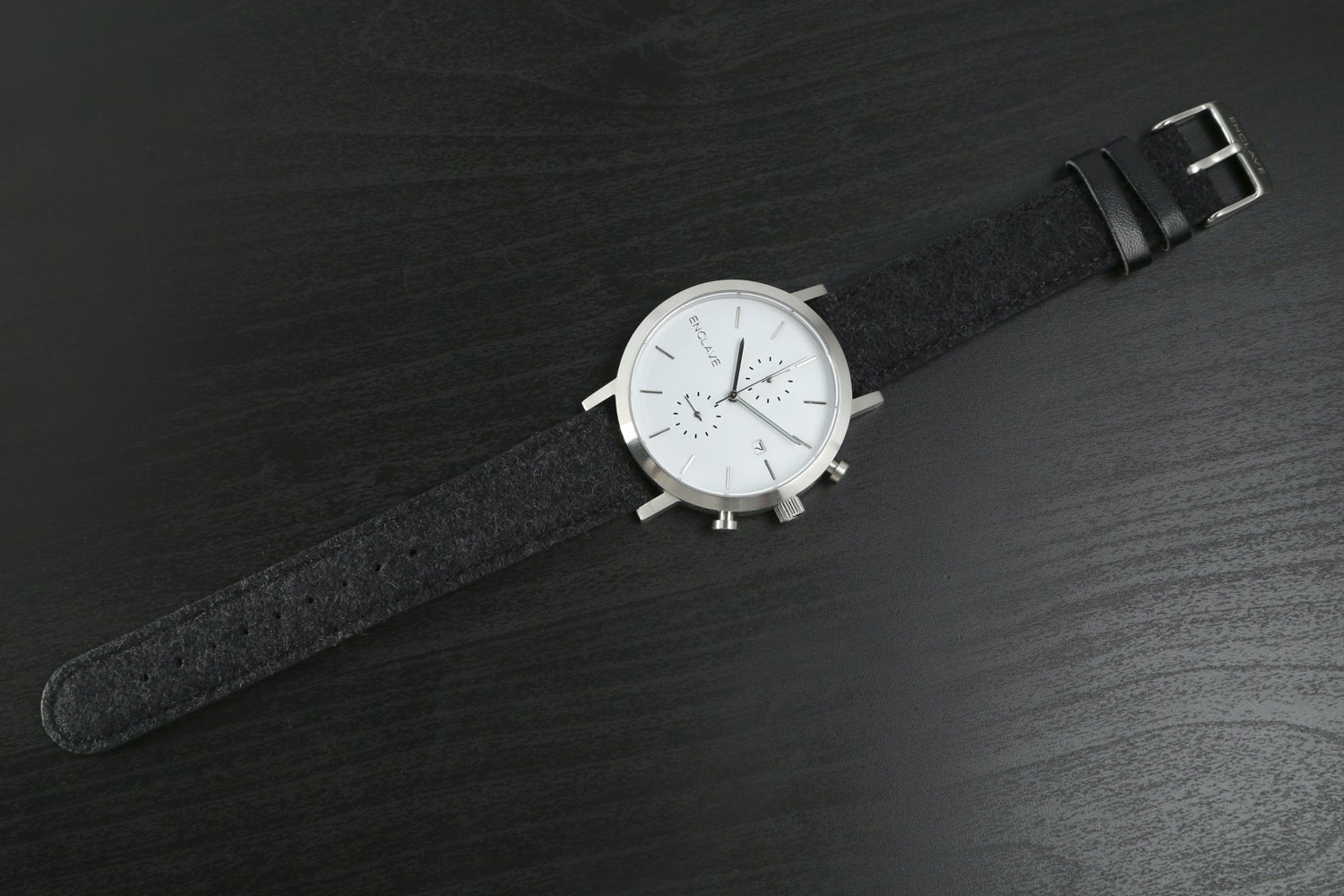 Silver Case with Black Tweed Strap