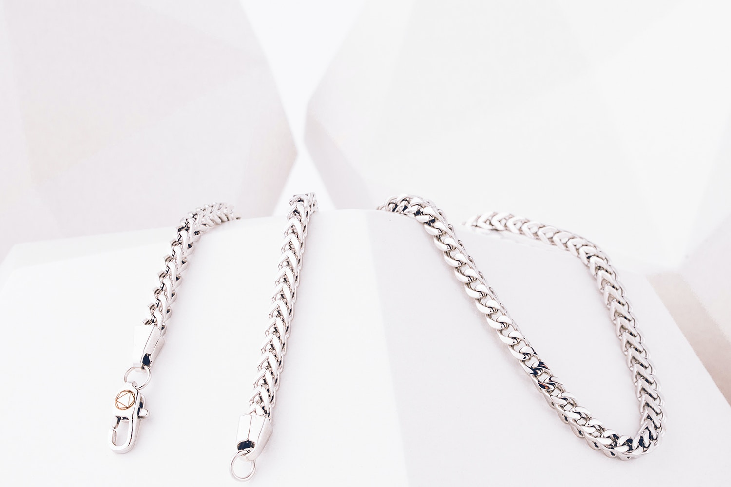 EXSO Rings & Necklaces