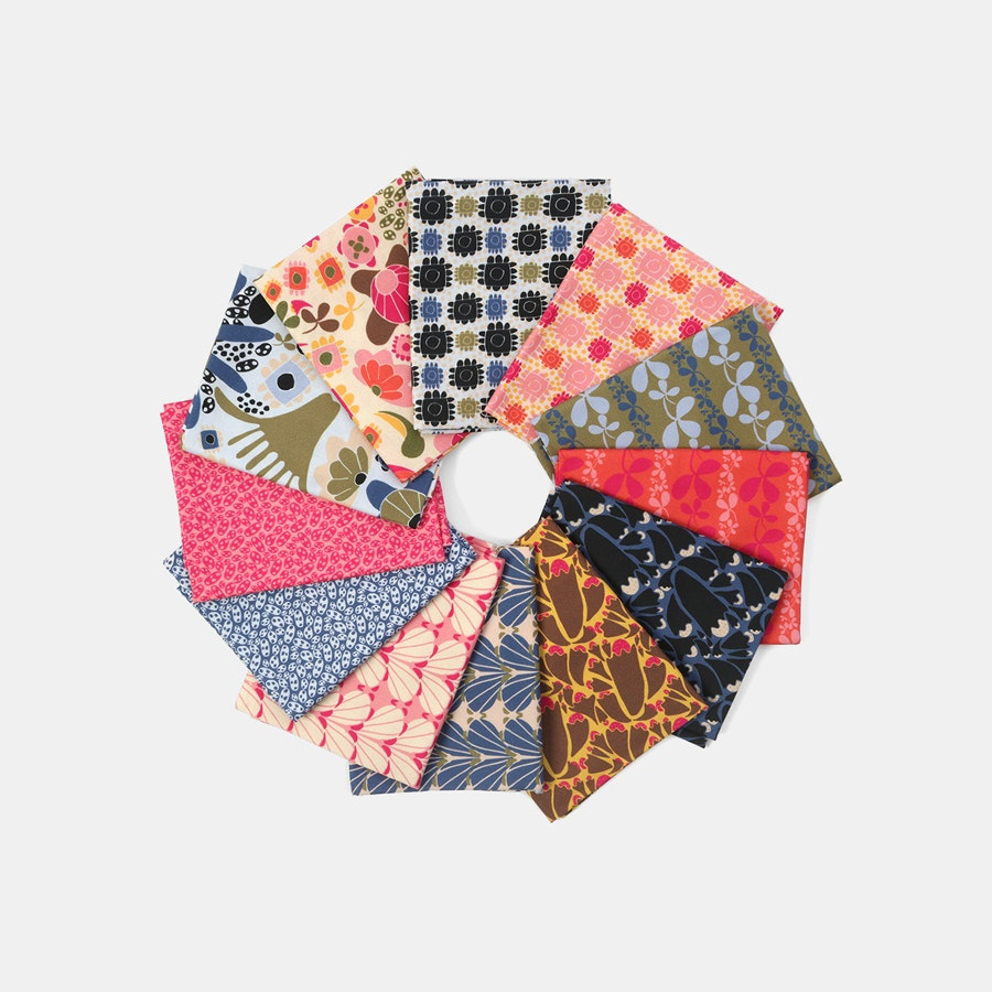 Floral Flurries Fat Quarter Bundle by Tracey Wirth