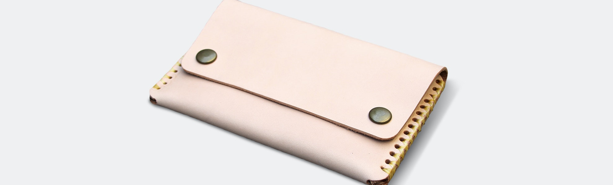Friday & River Discovery Wallet