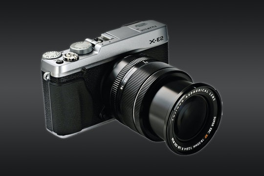 Fujifilm X-E2 with 18-55mm OIS Lens (Refurbished)