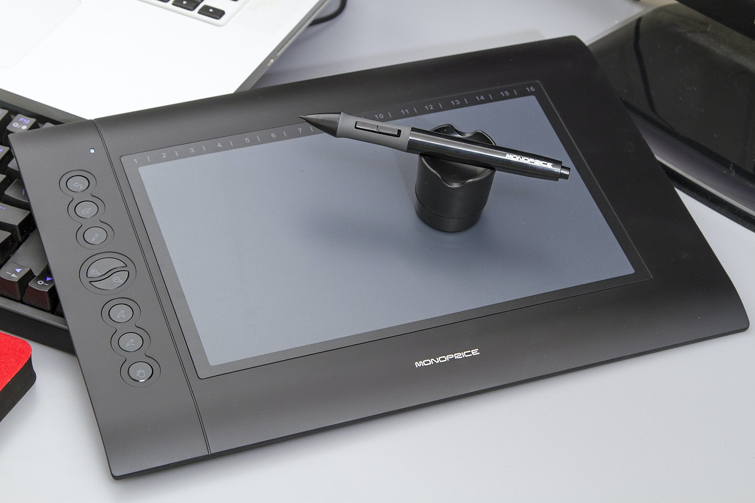 """Monoprice 10"""" X 6.25"""" Graphics Drawing Tablet"""