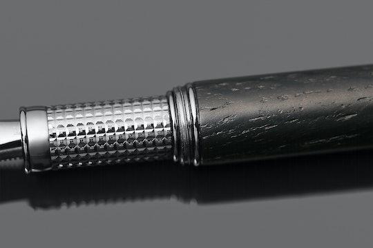 Grifos Bog Oak Wood Fountain Pen