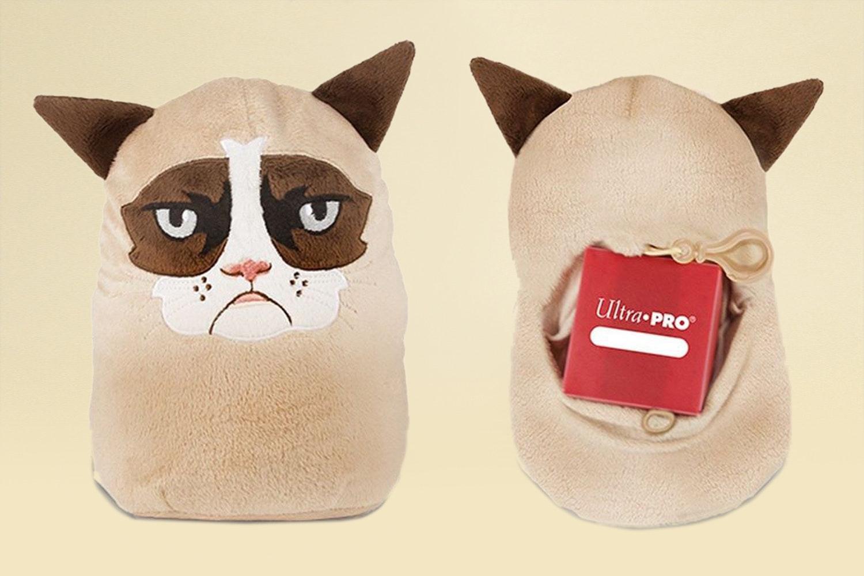 Grumpy Cat Ultra Pro Accessories Bundle
