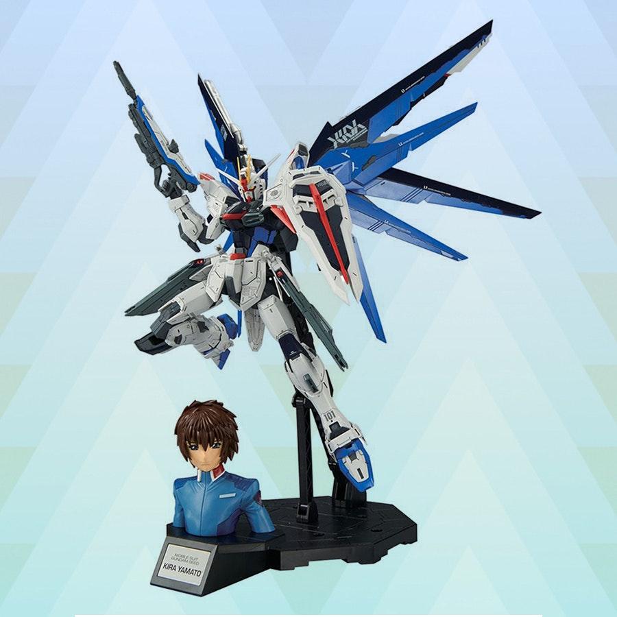 Gundam V2.0 Freedom & Kira Yamato MG (Preorder)