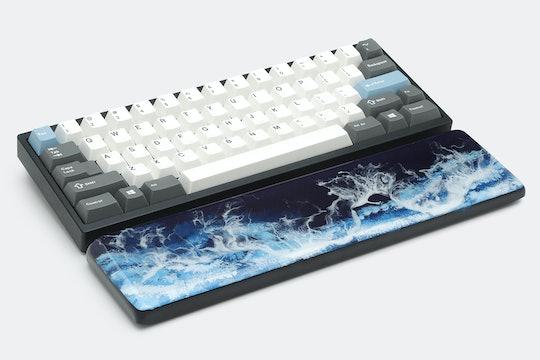 HLYM Ocean Wave Handmade Artisan Wrist Rest