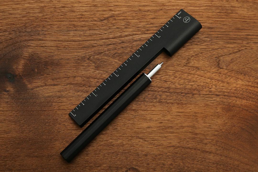 HMM Rule/One Pen