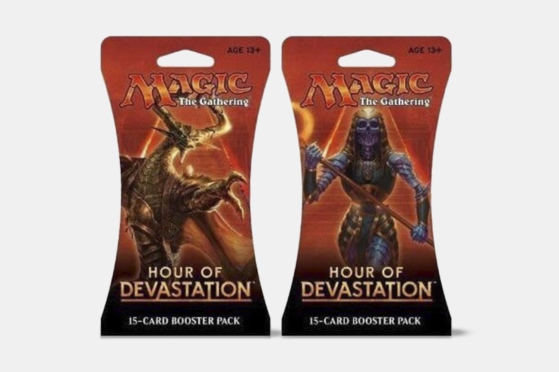 Hour of Devastation Planeswalker Bundle(Preorder 2)