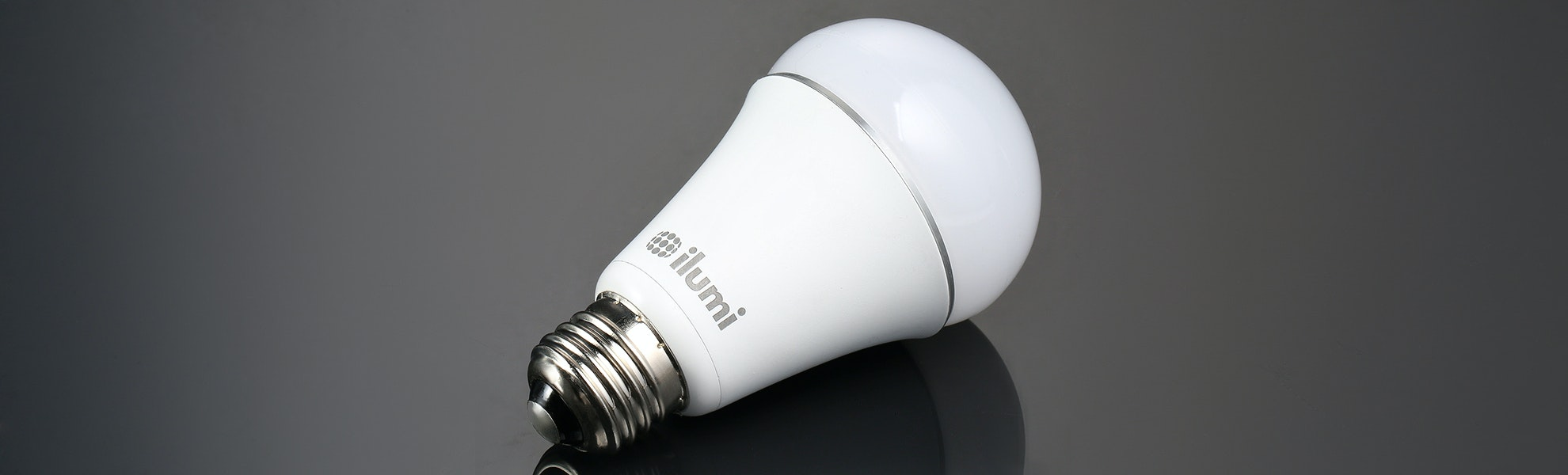 Ilumi A19 Smart LED Light Bulb