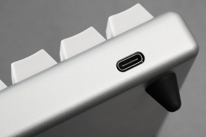 IQKB 62-Key Mechanical Keyboard