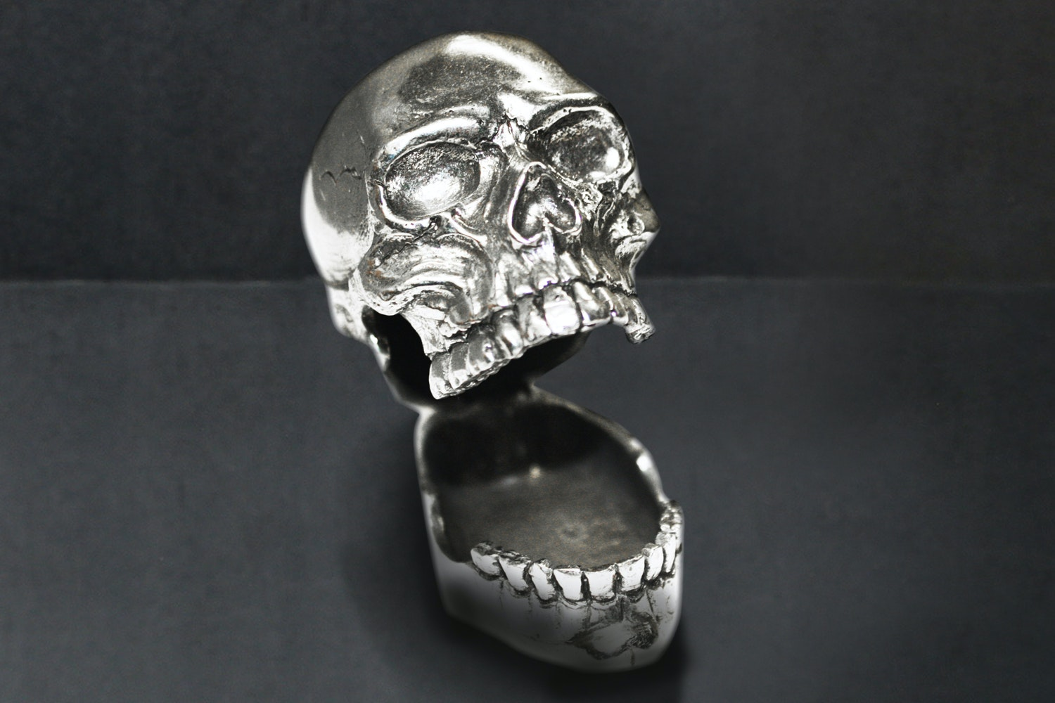Laugh Out Loud Skull (+ $25)