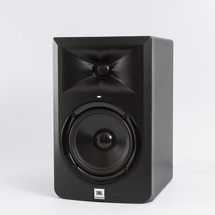"JBL LSR305 5"" Active Studio Monitor"