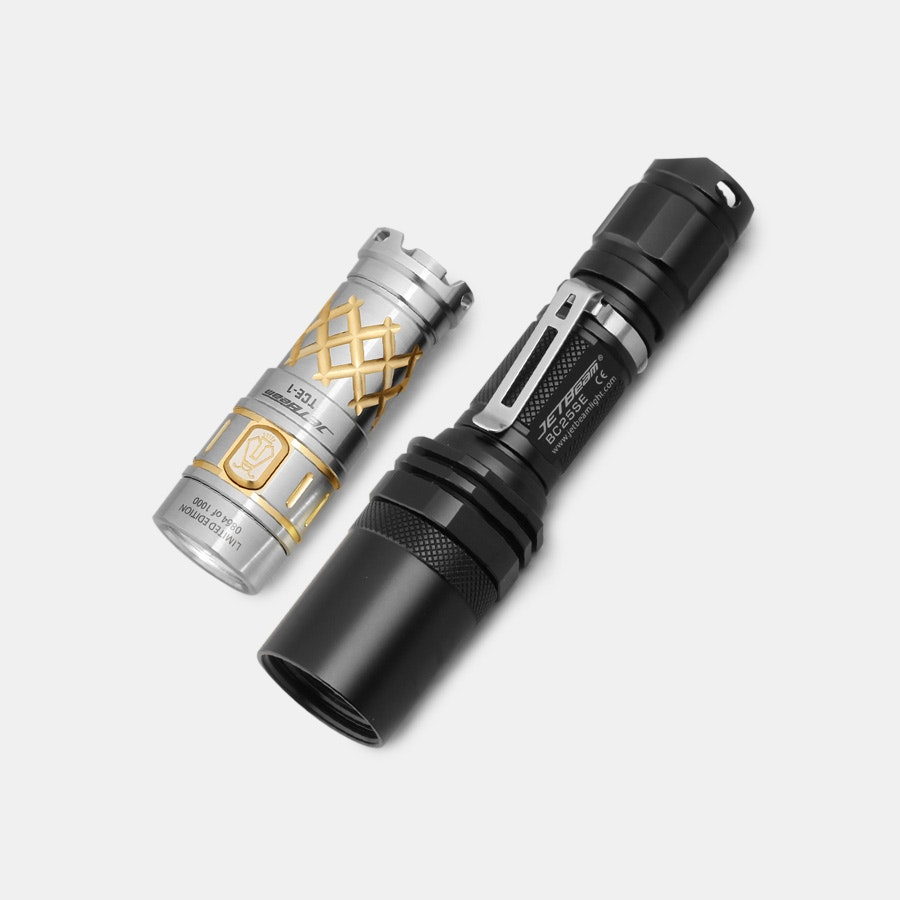 JETBeam TCE-1 Gold Flashlight Bundle