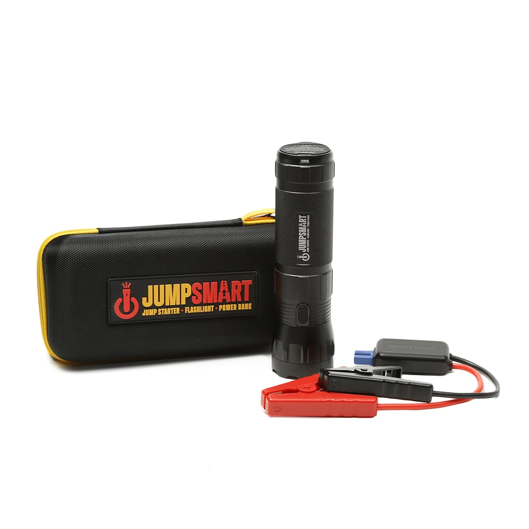 JumpSmart Jump Starter/Flashlight/Powerbank