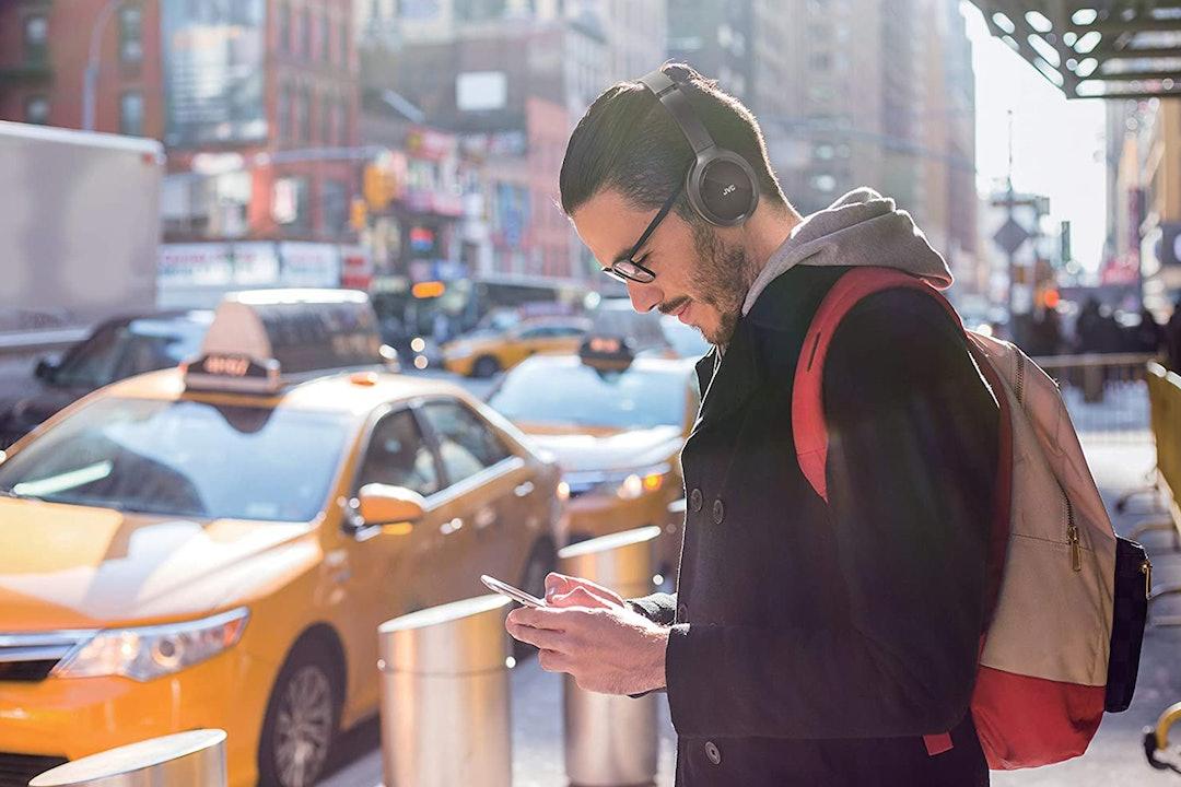 JVC HA-S80BN Wireless Headphones