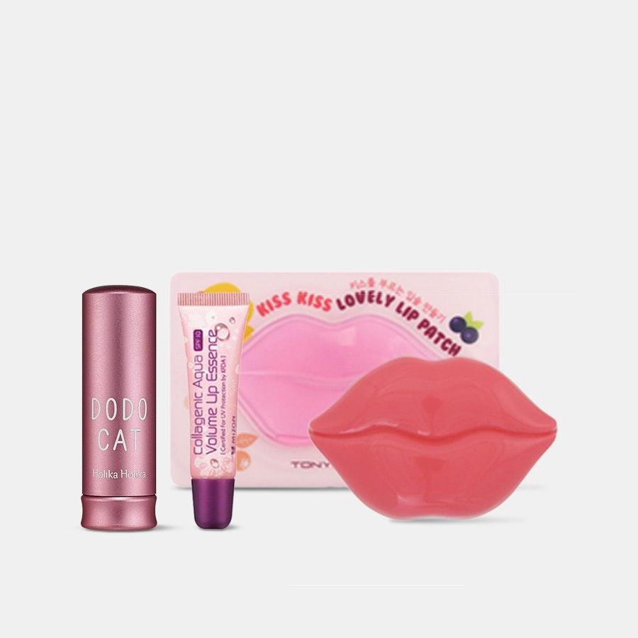Kiss Me Under the Mistletoe Lip Care Set