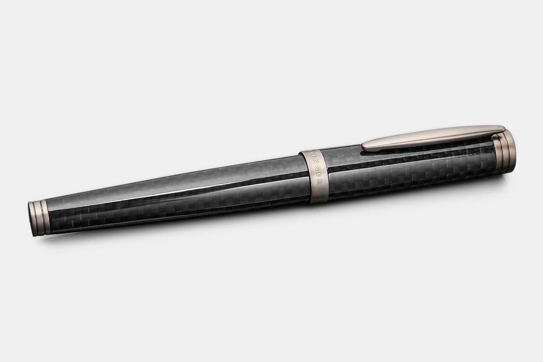Levenger Aero-D Carbon Fountain Pen