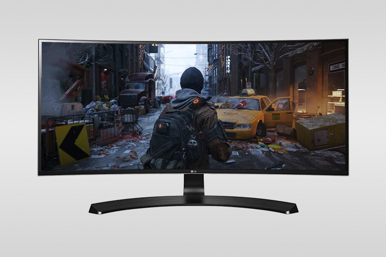 "LG 29"" Curved UltraWide Freesync Monitor 29UC88-B"