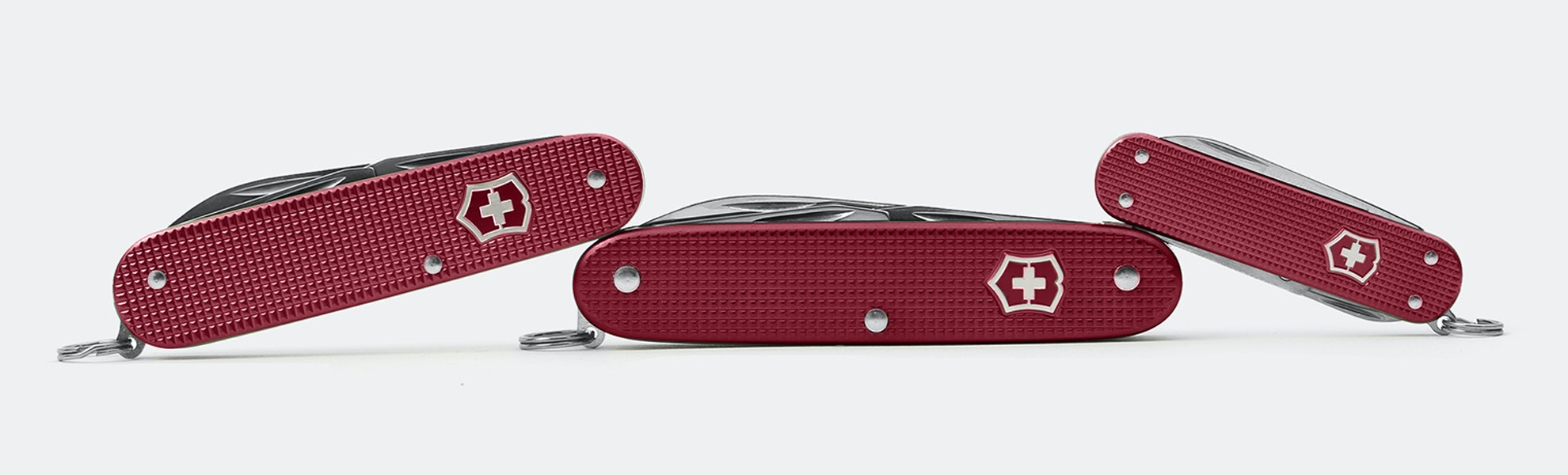 Limited-Edition Victorinox Alox Knives: Berry Red