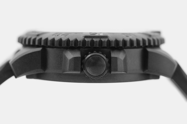 Luminox EVO Navy SEAL Colormark Quartz Watch
