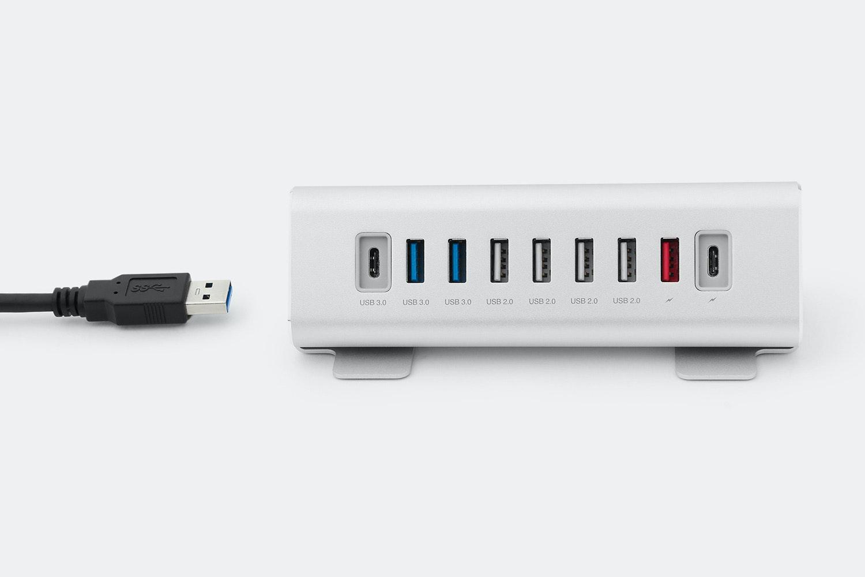 Macally 9-Port USB-A / USB-C Hub & Charger