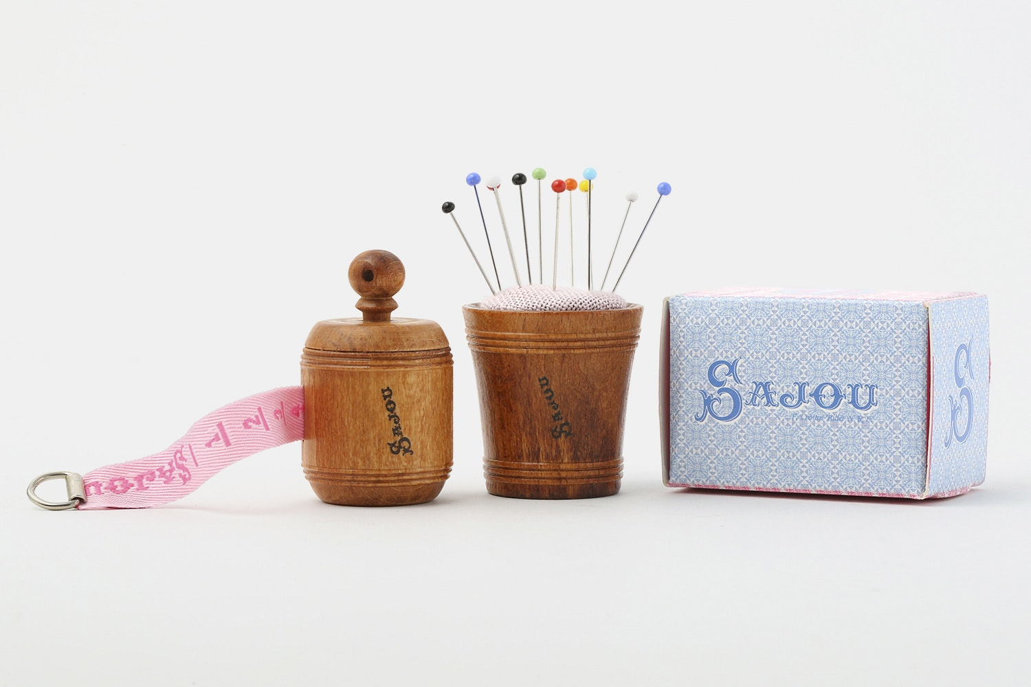 Maison Sajou Wooden Sewing Notions
