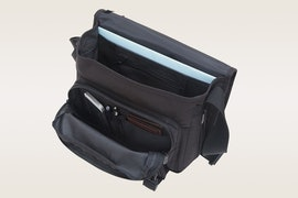 Back zipper and compartments, size small