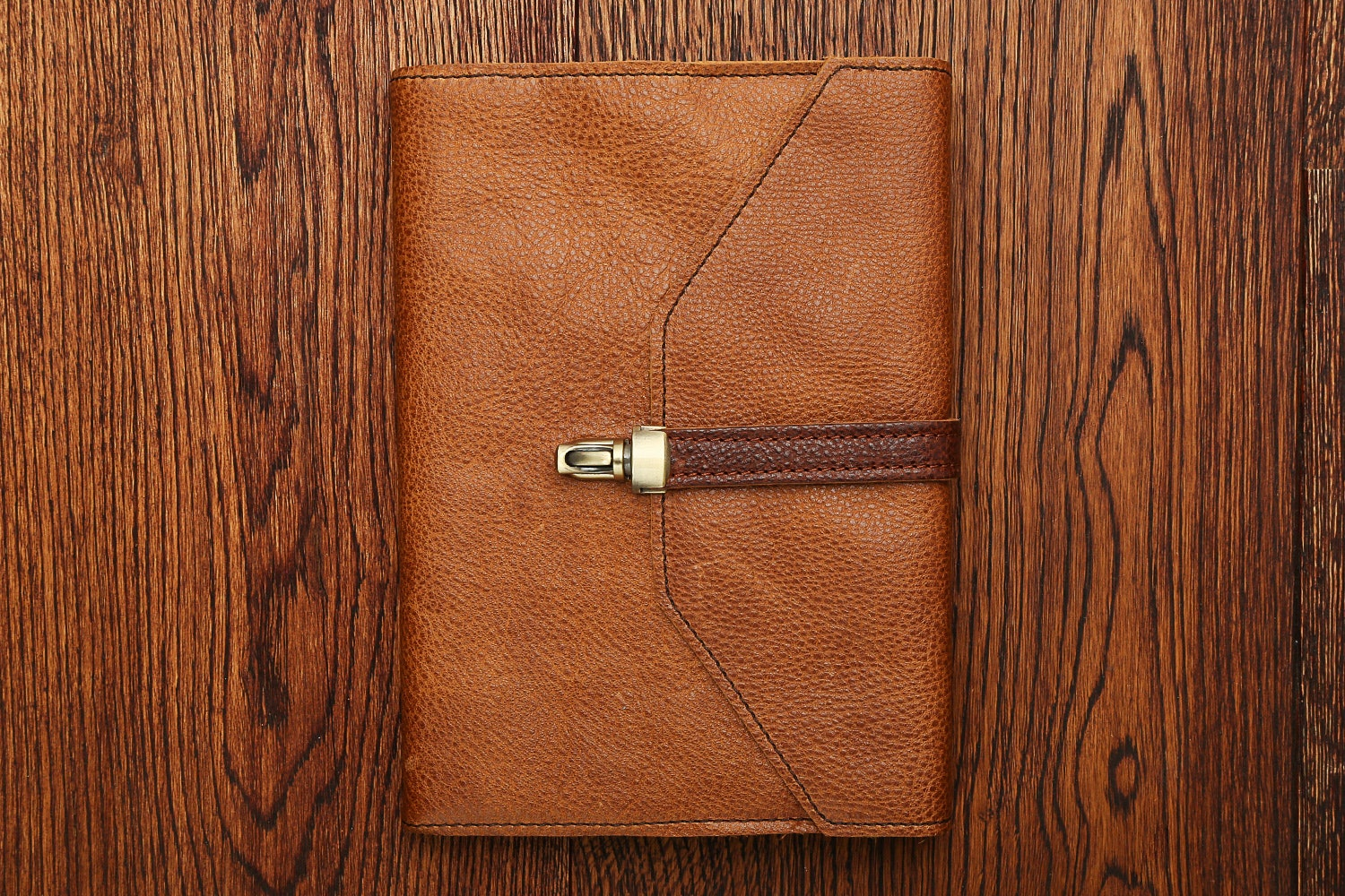 Cuoio (with vintage brown band)