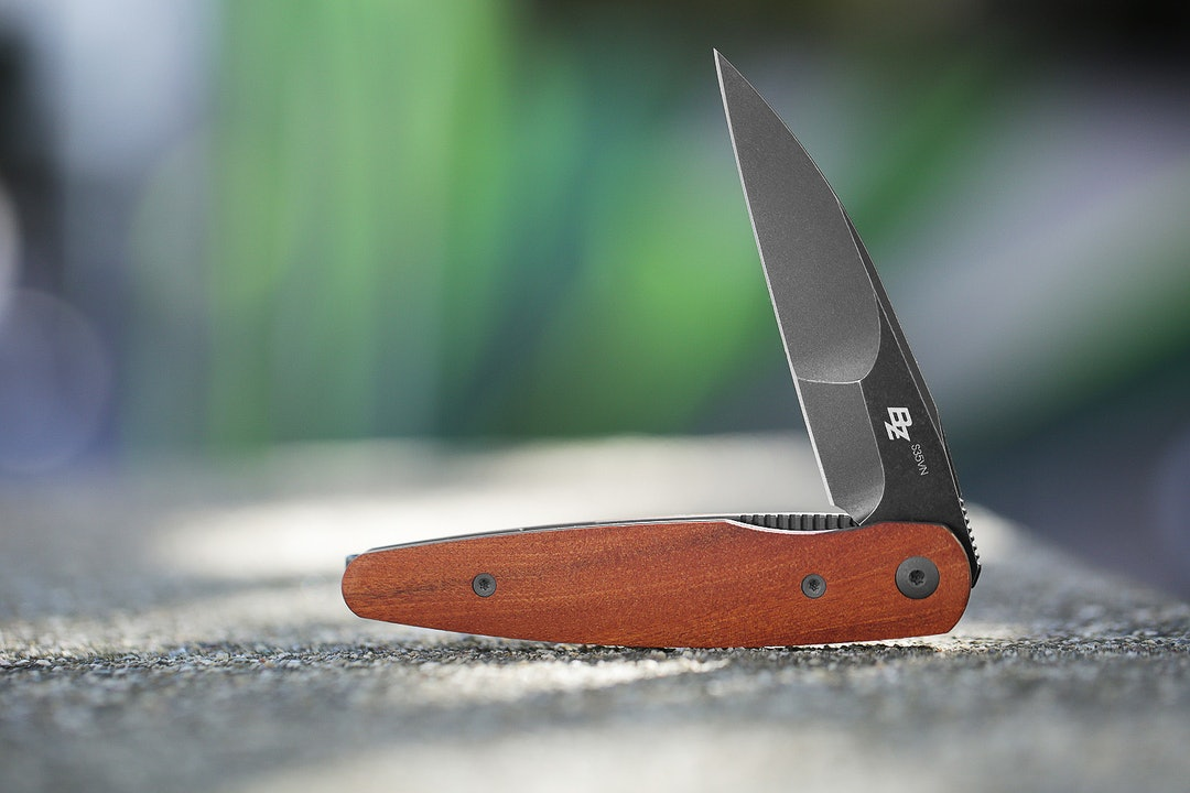 Massdrop x Brad Zinker Dogtooth Liner Lock Knife