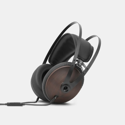 Best Closed Back Headphones for SMSL AD18 Bluetooth & USB Power