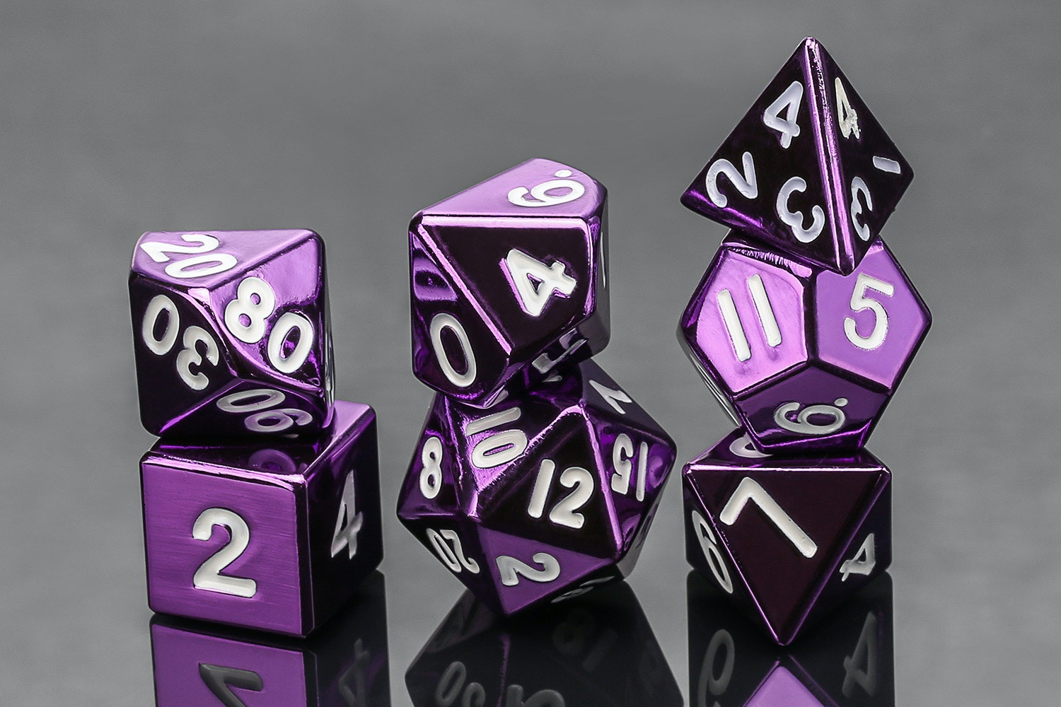 Metallic 16mm Purple Metal Dice—Massdrop Exclusive