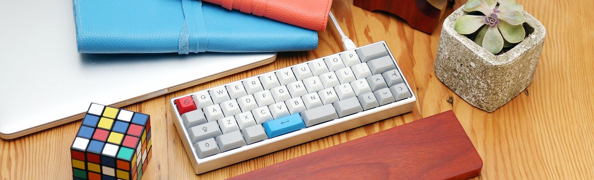 The MiniVan Custom Mechanical Keyboard Kit