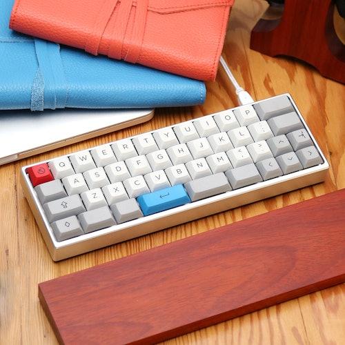 The MiniVan Custom Mechanical Keyboard Kit | Price & Reviews