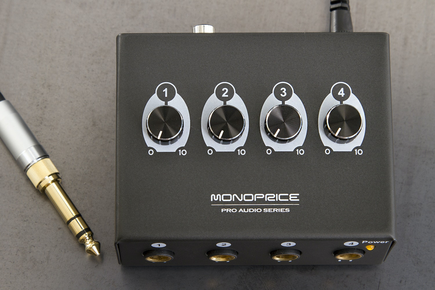 Monoprice 4-Channel Headphone Amplifier