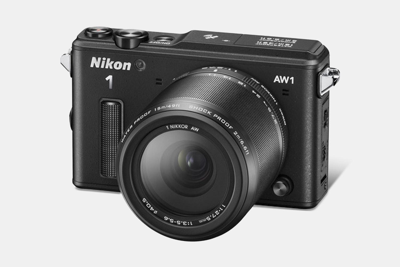 Nikon 1 AW1 Mirrorless Camera w/ 11–27.5mm Lens