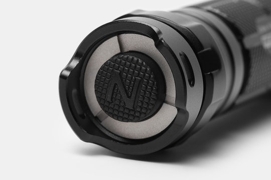Nitecore SRT5 Detective 750-Lumen Flashlight