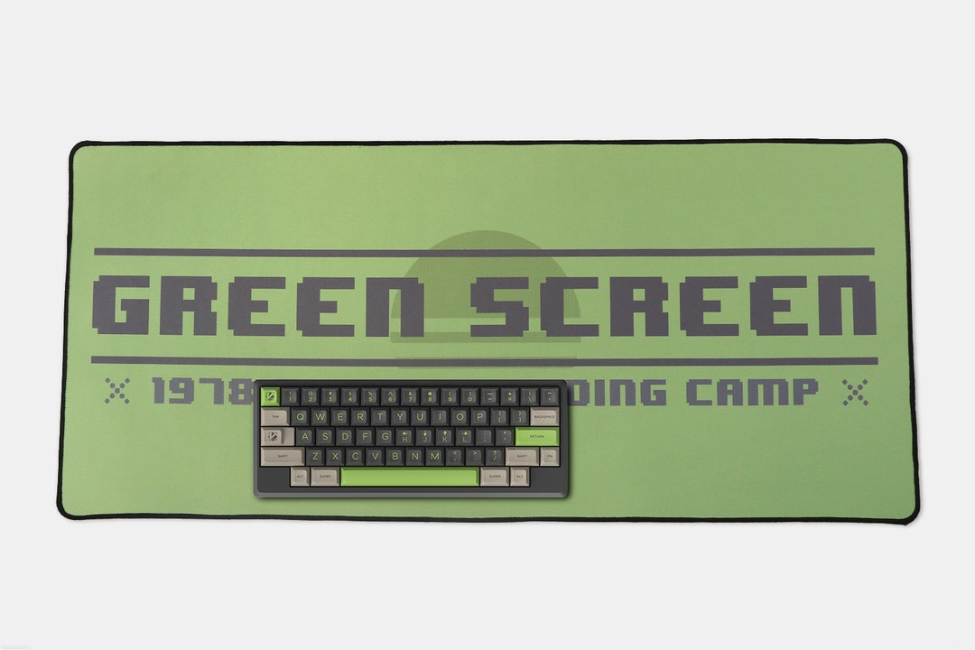 NovelKeys: MiTo Green Screen Desk/Mouse Mat