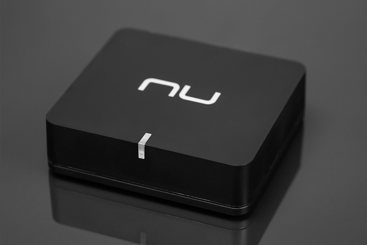 NuForce BTR-100 Bluetooth Receiver