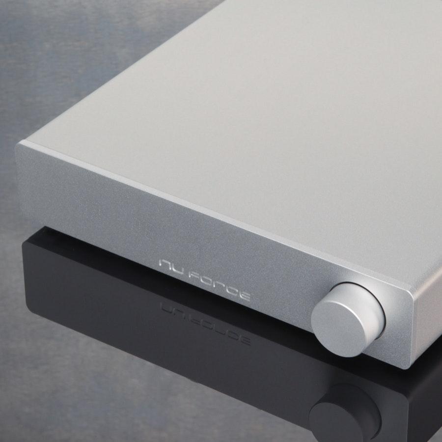 Nuforce DDA120 Integrated Amp/DAC