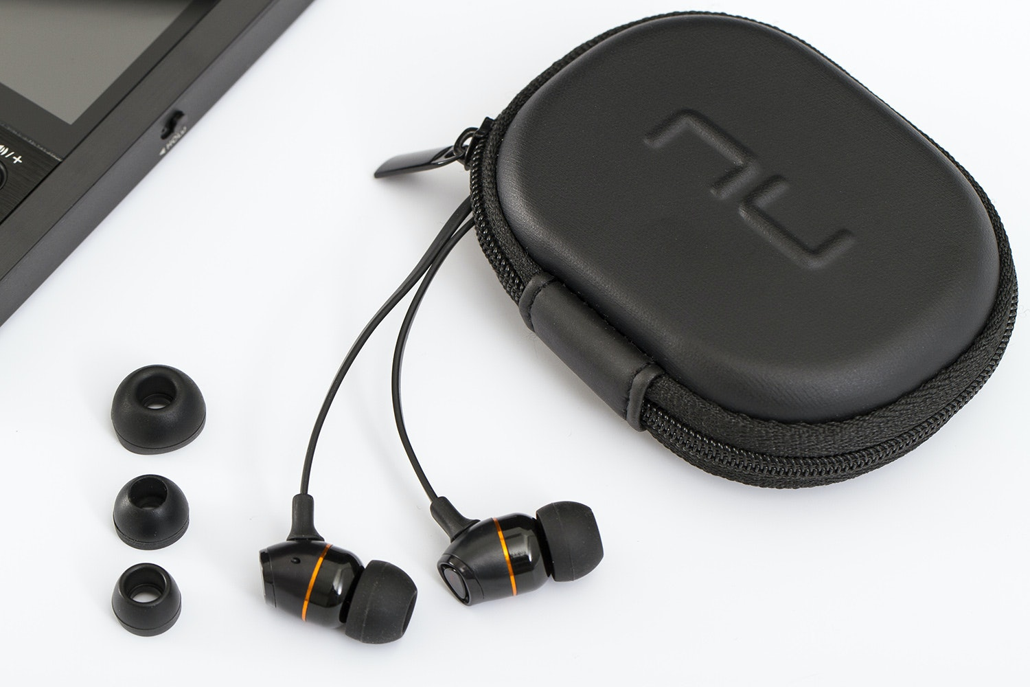 NuForce NE-650M Earphones