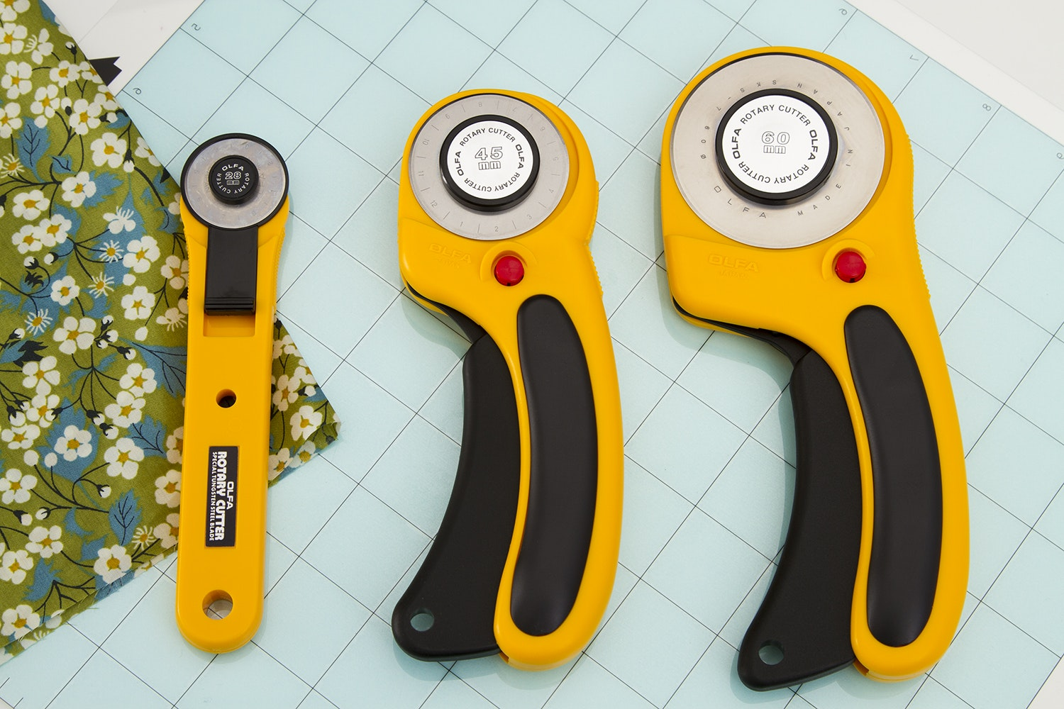 OLFA Deluxe Ergo Rotary Cutter + Blades