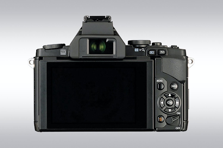 Olympus OM-D E-M5 with 14-42mm Lens (Black)