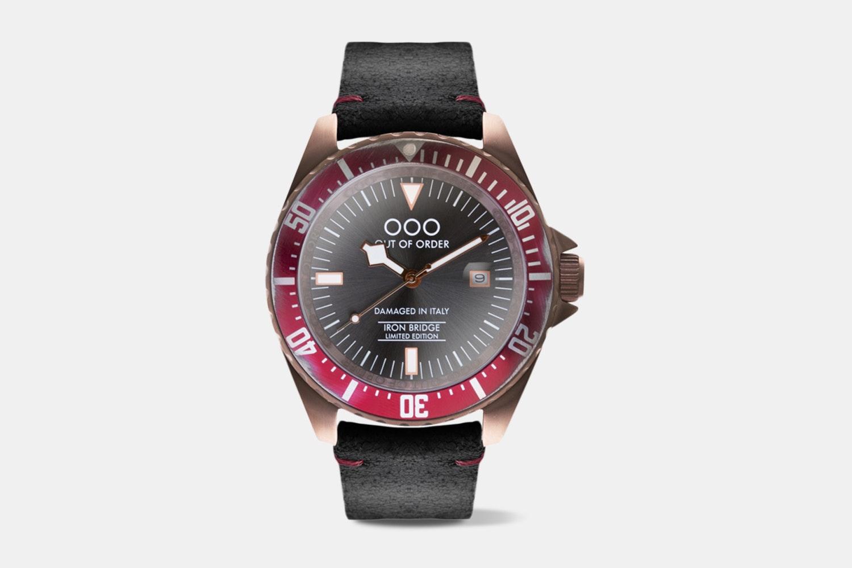 Crimson Red (001-3 LE.RD