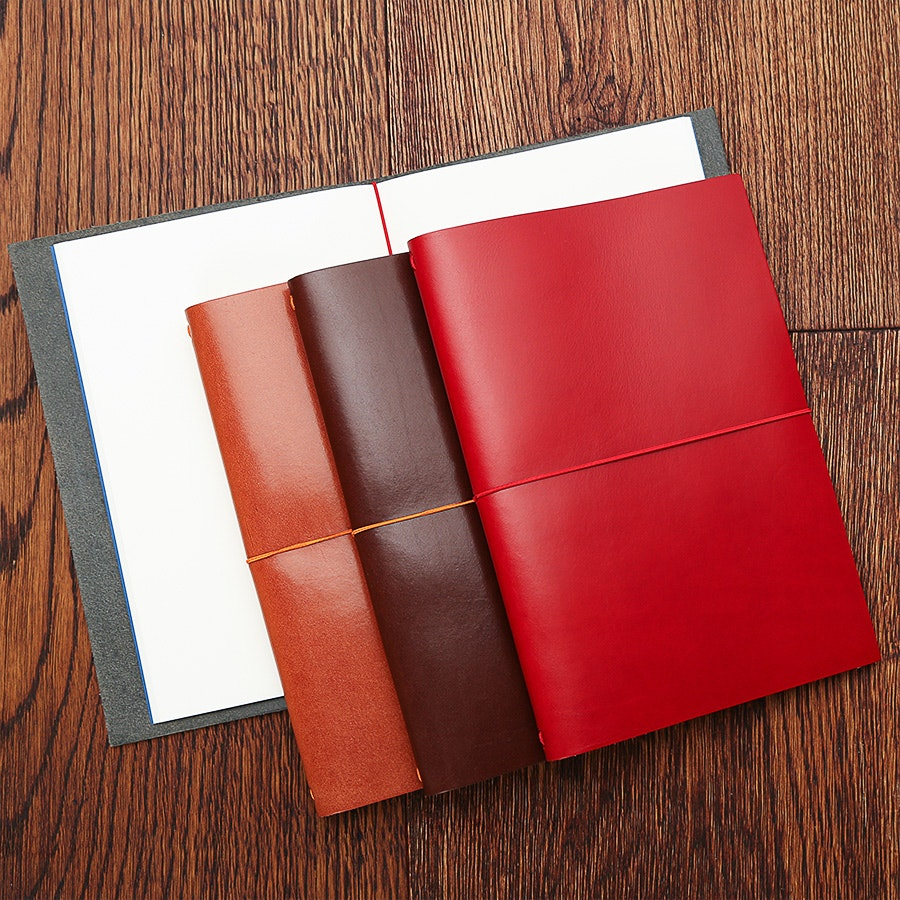 Paper Republic Grand Voyageur XL Notebook