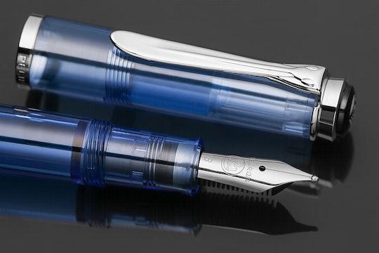Pelikan Classic M205 Demonstrator Transparent Blue