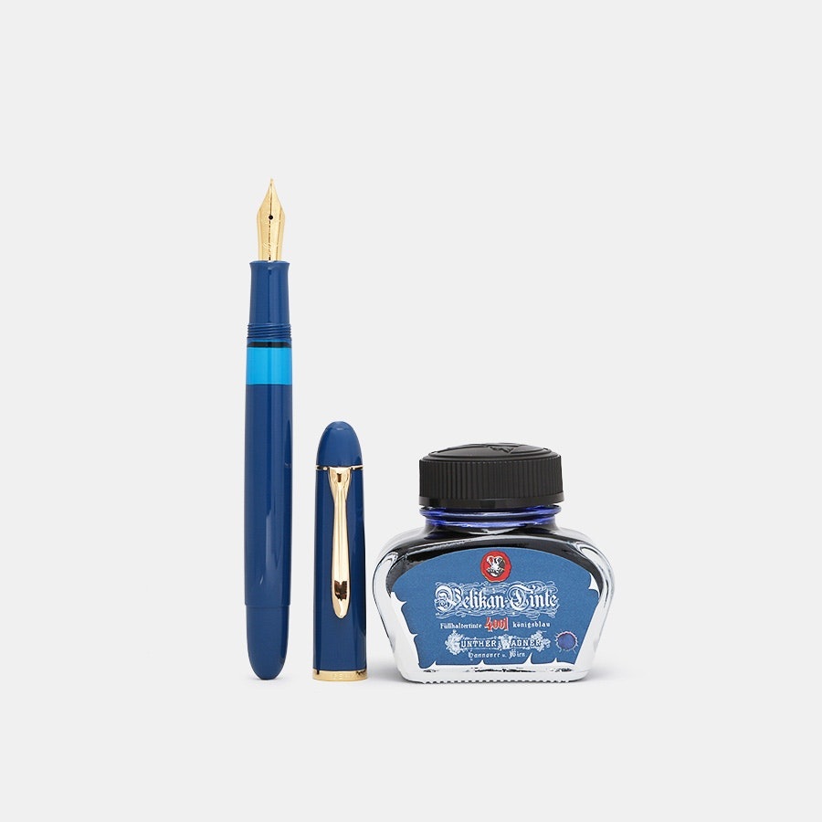 Pelikan M120 Iconic Blue Fountain Pen