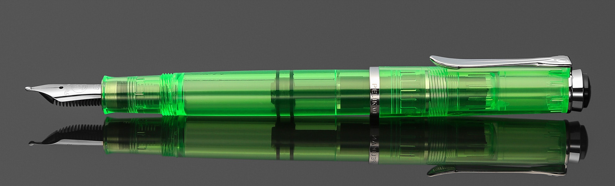 Pelikan M205 DUO Shiny Green Highlighter