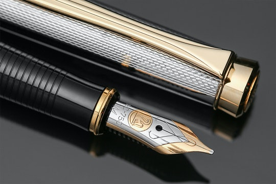 Pelikan New Classic P390 Fountain Pen